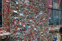 Gum-Wall